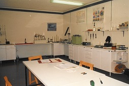 historical photo of a laboratory